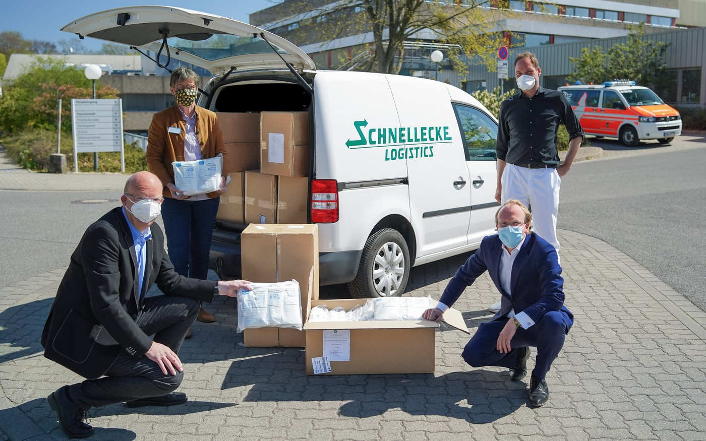 Schnellecke Logistics Donates 30,000 Mouth-Nose Protectors to Wolfsburg Hospital